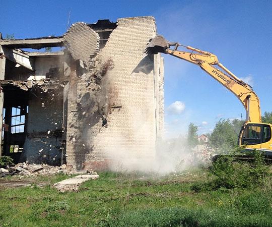 Демонтаж зданий в Москве и Московской области
